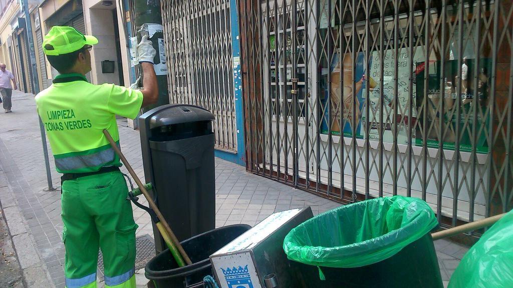 Operación de limpieza en el distrito