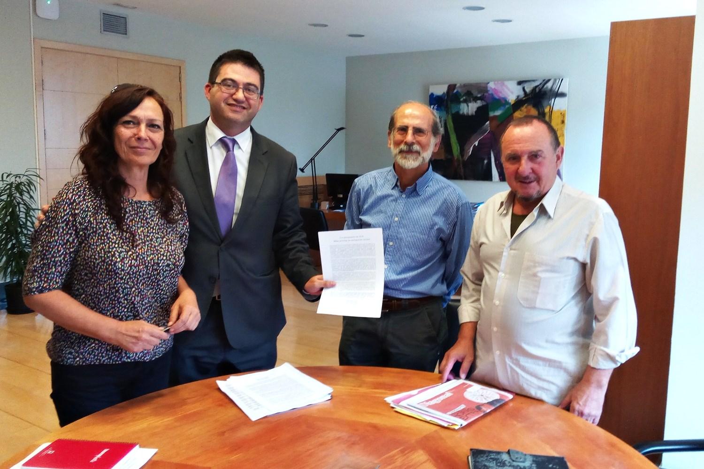 Invisibles Hortaleza se reúne con el concejal Sánchez Mato
