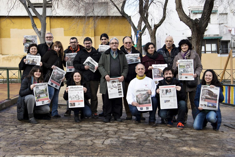 ¿Quieres salir en la mayor foto de Hortaleza Periódico Vecinal?