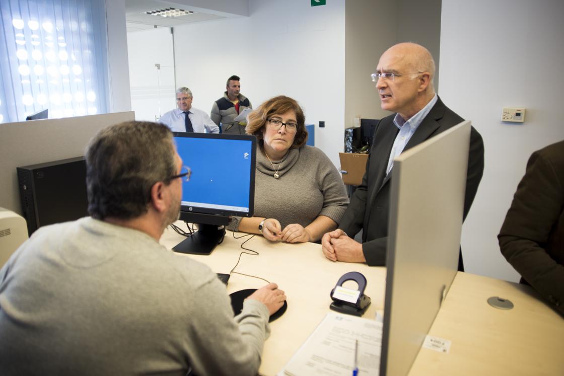 Hortaleza estrena una Oficina de Atención Integral al Contribuyente