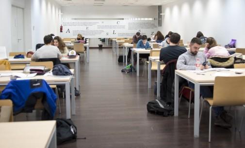 Ciudadanos pide el cierre de las salas de estudio algunos domingos y festivos