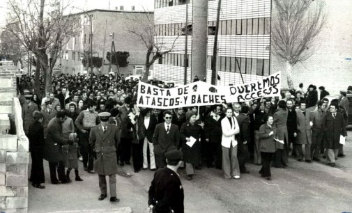 La primera manifestación tras la dictadura