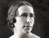 Una calle que recupera la memoria de una gran mujer: Isabel Oyarzábal