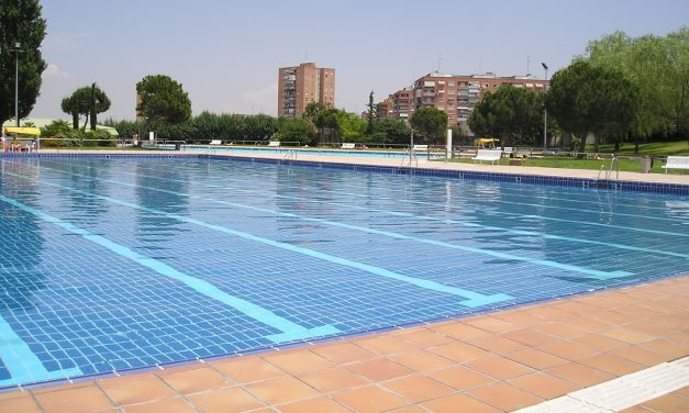 La piscina de Hortaleza estrena día sin bañador