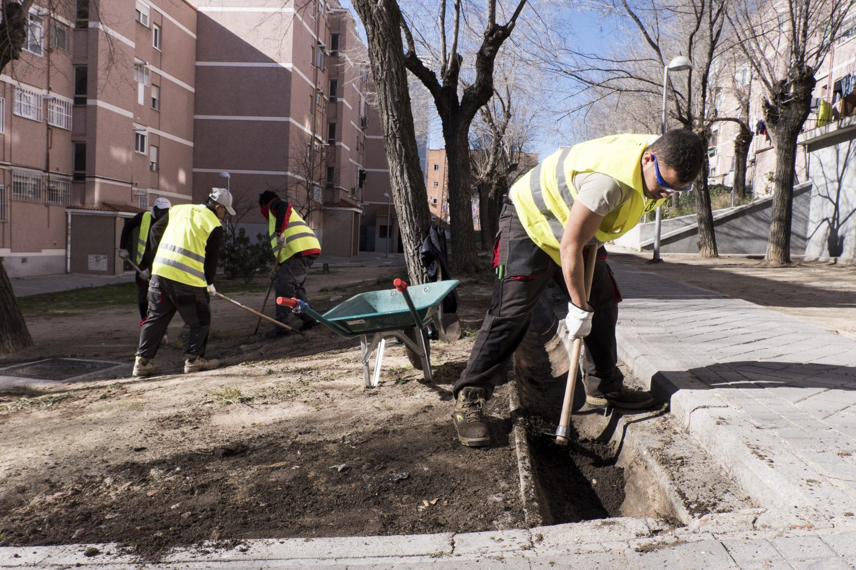 Un equipo de limpieza y concienciación para regenerar espacios abandonados