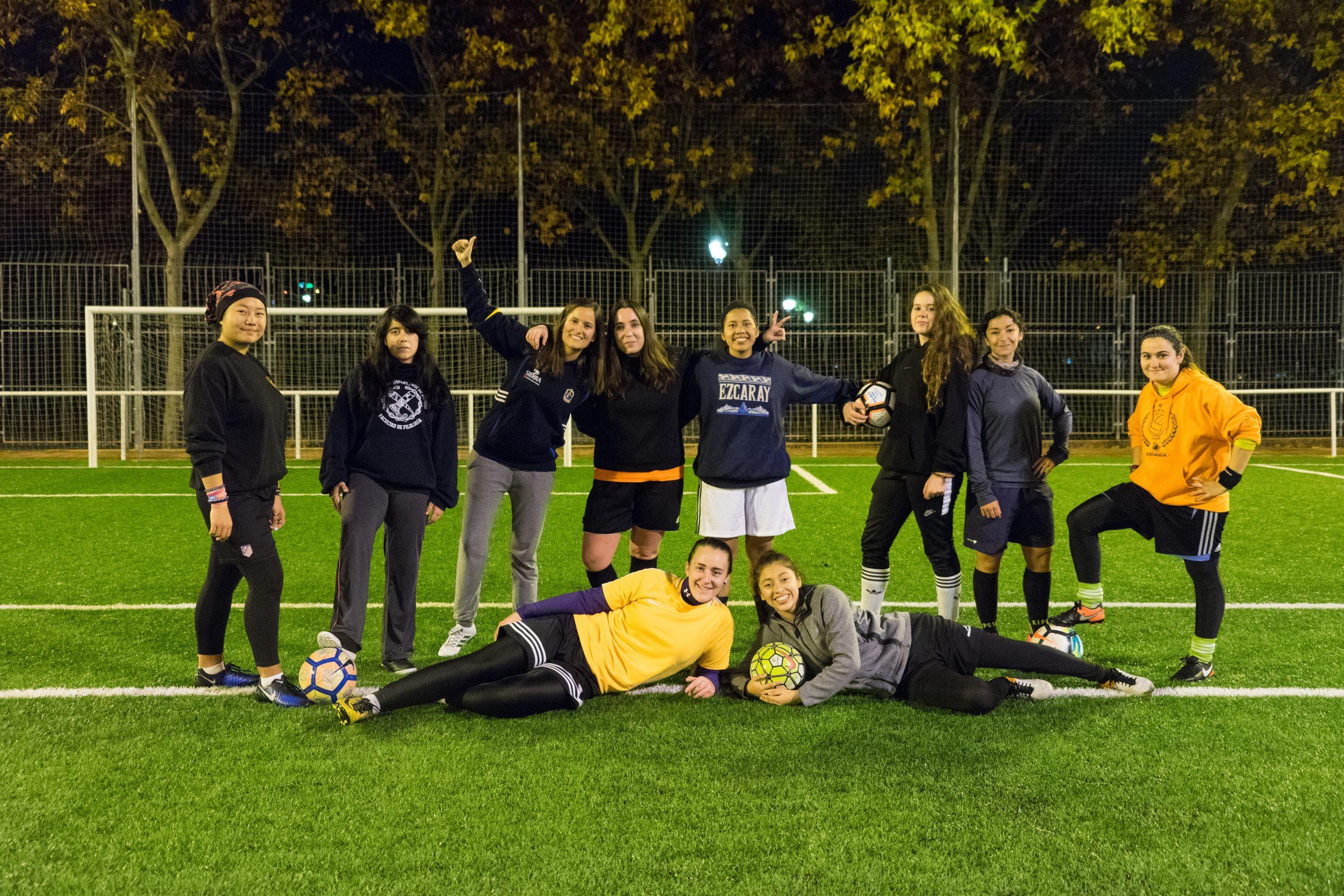 Apostar por el fútbol femenino tiene premio