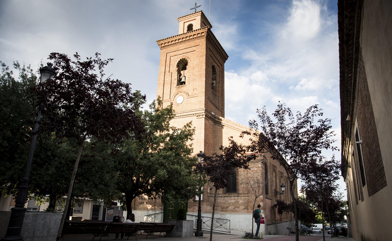 La Comunidad de Madrid protegerá la centenaria plaza de la Iglesia de Hortaleza