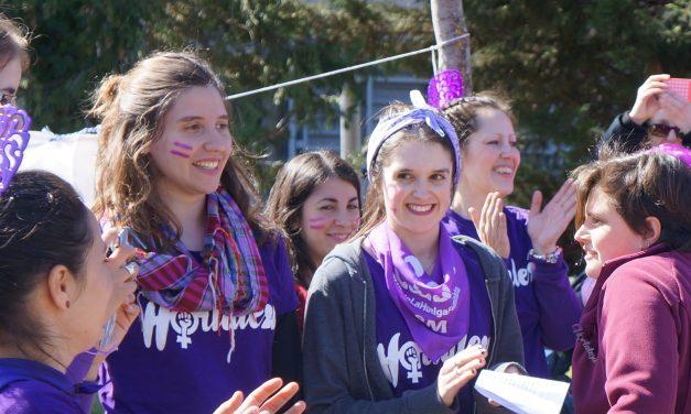 Las mujeres toman las calles de Hortaleza por el 8M