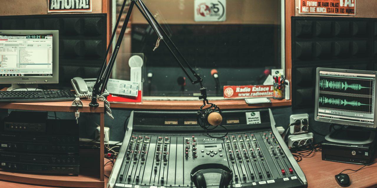 Radio Enlace: 30 años de derecho a la comunicación