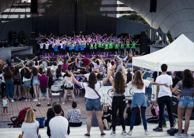 La Asociación Vecinal Villa Rosa levantó de sus sillas al público un año más a ritmo de Gym Jazz. SANDRA BLANCO