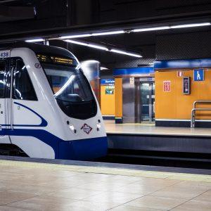 El cierre de la línea 4 de Metro se aplaza a 2020