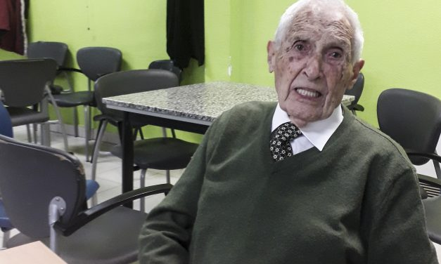 Pedro Prieto se corta la coleta radiofónica