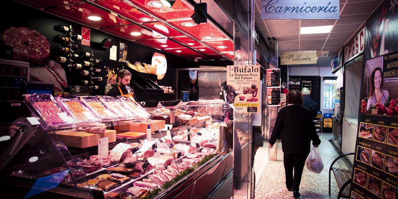 Mercados y comercios de barrio, otros héroes anónimos de la cuarentena