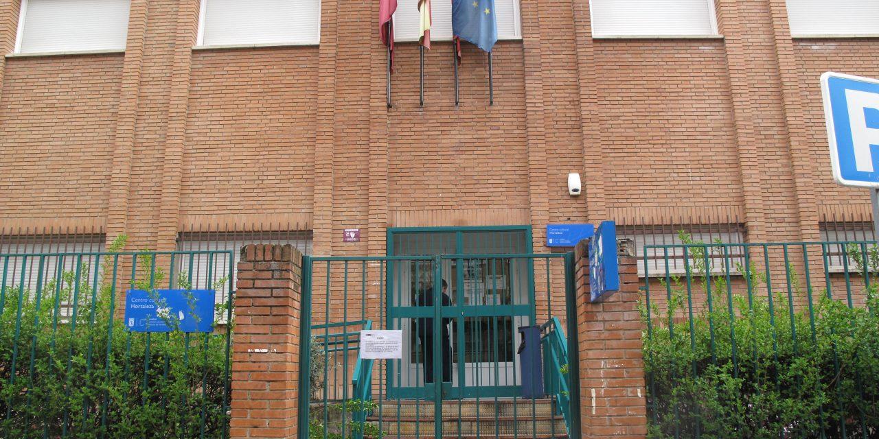 Auxiliares ejercen de vigilantes durante la cuarentena en Hortaleza