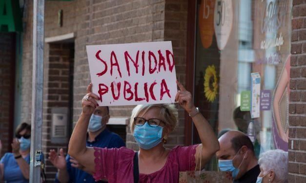 Concentraciones por la sanidad pública frente a los centros de salud de Hortaleza
