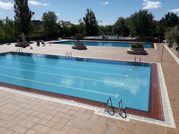 Piscinas municipales Luis Aragonés en Hortaleza Madrid