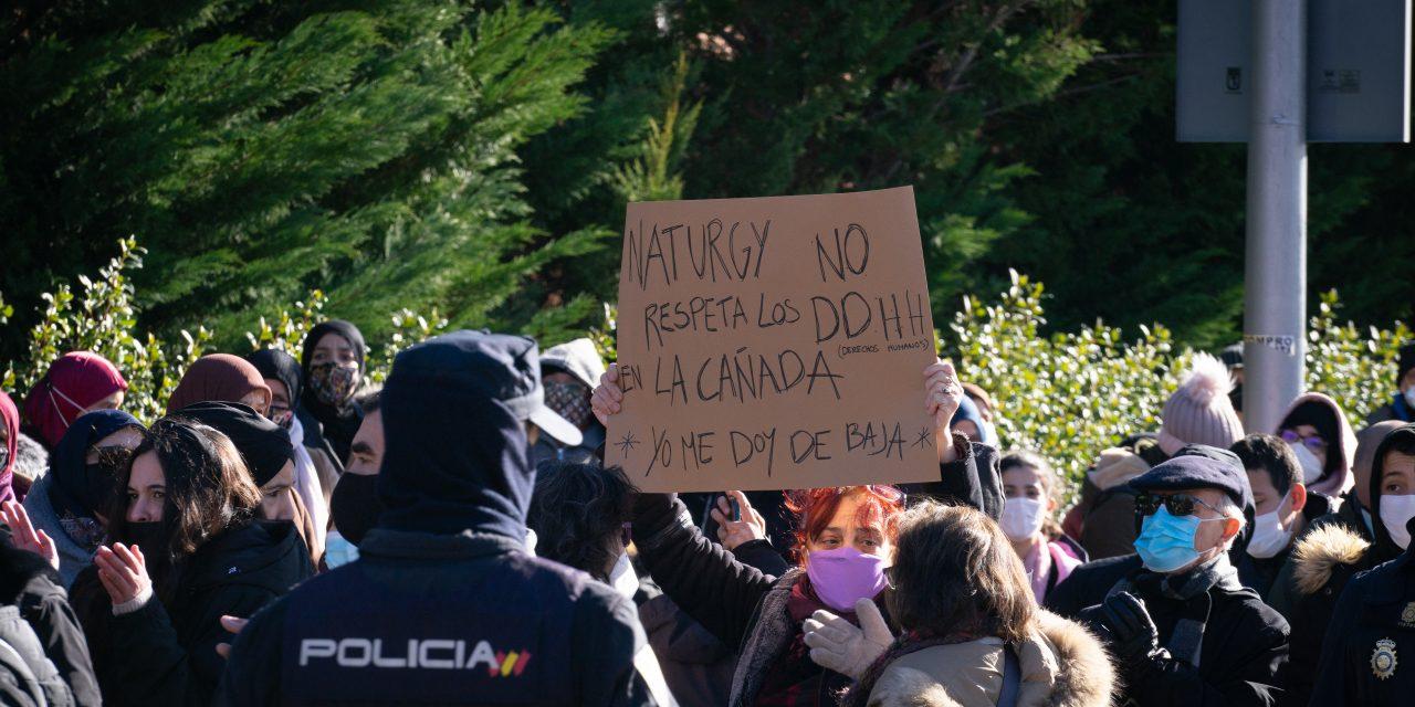 La Cañada Real se manifiesta frente a la sede de Naturgy en Hortaleza