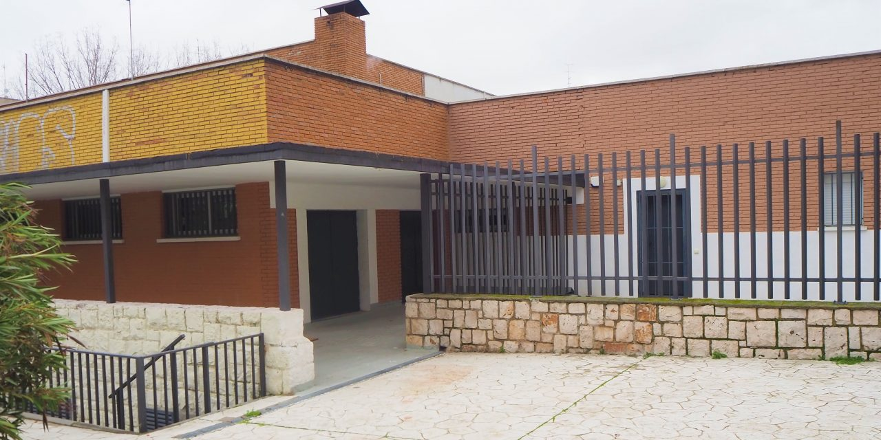 Talleres de empleo en el centro Santiago Apóstol de Manoteras