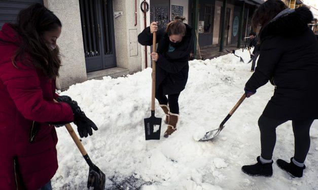 ¿Cómo ayudar a limpiar la nieve en Hortaleza?