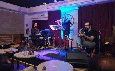 Concierto en el Centro Cultural Carril del Conde: World Hot Trio
